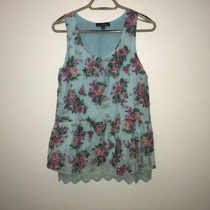 Suzanne Betro Sleeveless top lined floral blues M
